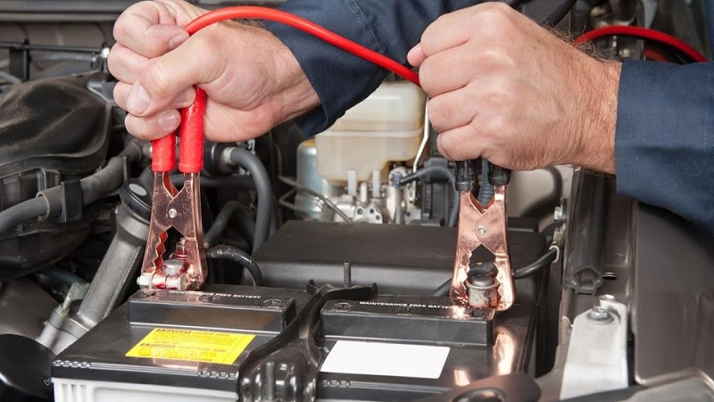 How to put the clamps to start the Car